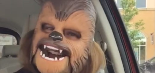 chewbacca-mask_1463753356630_2413833_ver1.0